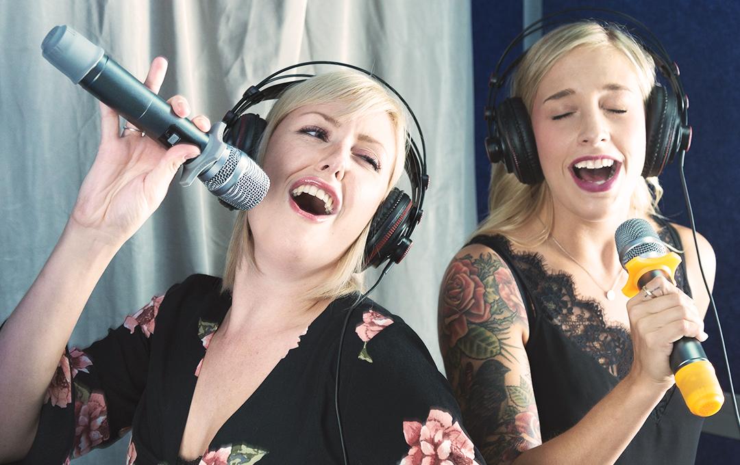 Singing01